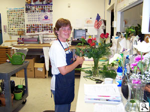 Peri's Poseys Flower Shop Cincinnatus NY